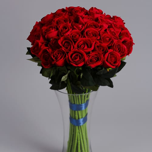 Luxury Artificial Flowers 50 Red Roses Blueberry Street Flowers Silk Flowers