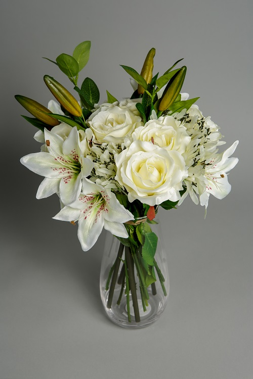 Artificial White Berry silk flower 2