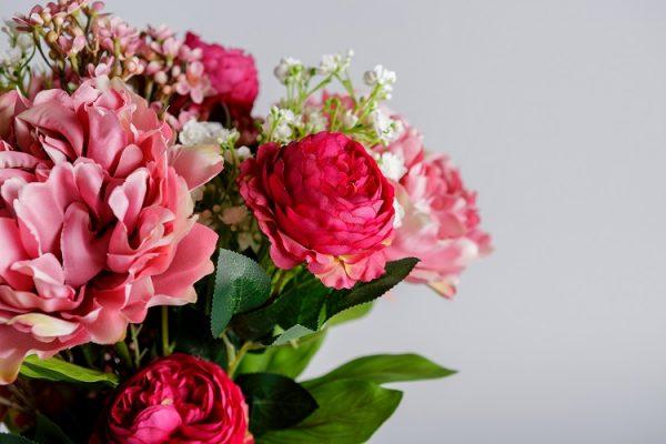 Silk flowers arrangements