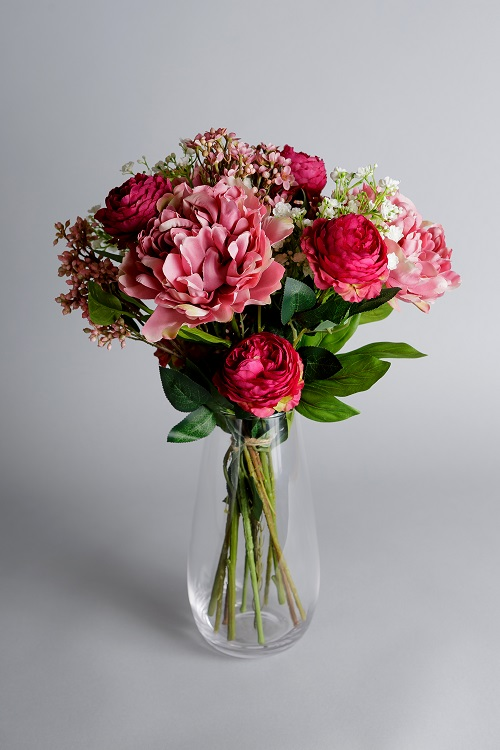 Silk flowers arrangements
