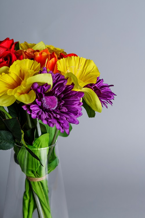artificial daffodils